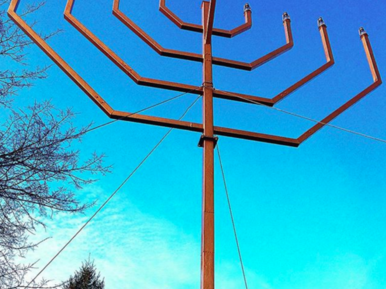 Menorah-Park-Slope-Mac-Montandon